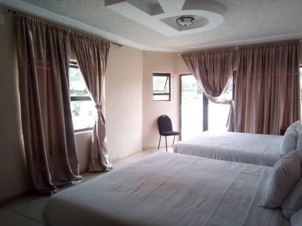 Deluxe Room Gallery Hotel